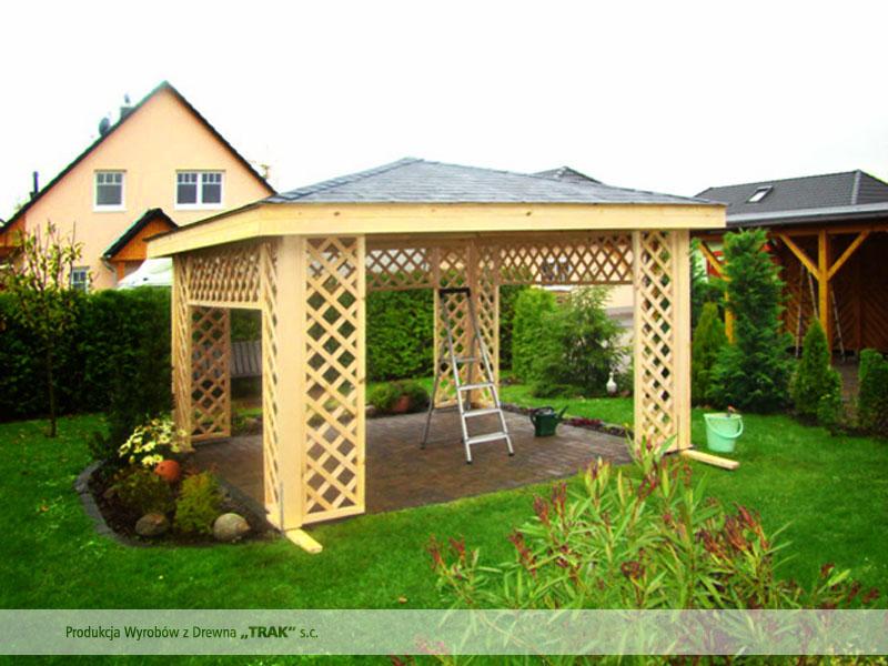 walmdach pavillon mit ziergittern projkete 4 carports aus polen. Black Bedroom Furniture Sets. Home Design Ideas