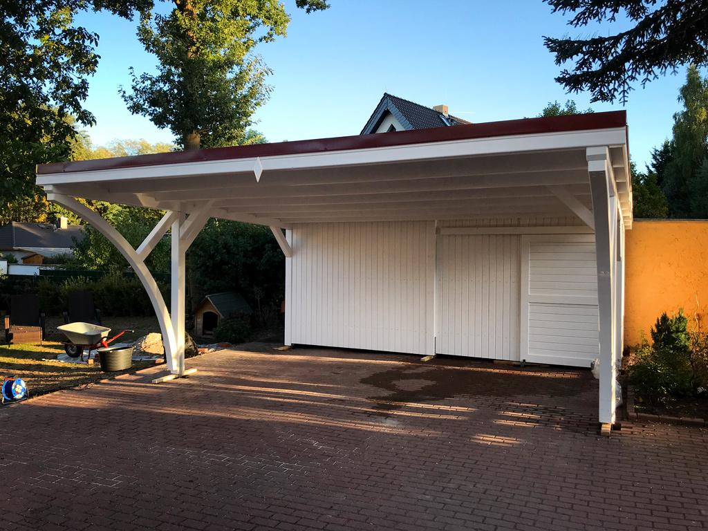 Flachdach Carport aus BSH